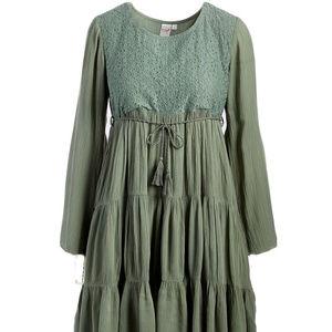 e5ceb00d0f7 Dresses   Skirts - NEW Women s Boho Green Dress (Mommy and Me)
